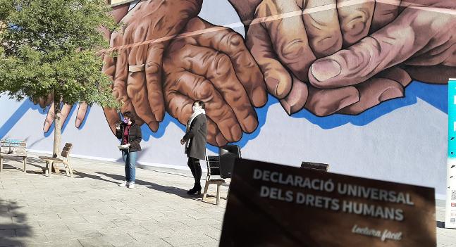 Sabadell commemora el Dia Internacional dels Drets Humans amb un grafit dedicat als drets de les persones grans