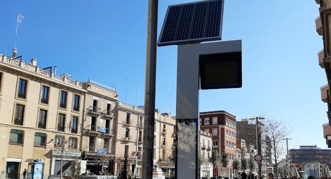 L'Ajuntament reforça la informació a la via pública