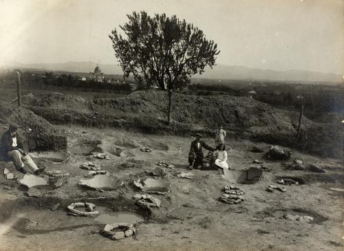"""Inauguració de l'exposició """"Els pioners. Els primers passos de l'arqueologia a Sabadell, 1912-1915"""""""