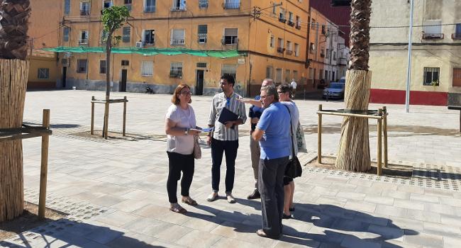 La plaça de Navacerrada s'obre a la ciutadania després del seu procés d'ampliació i millora