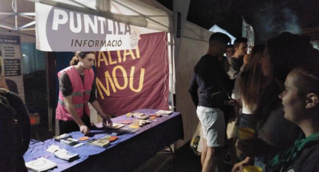 El Punt Lila contra el sexisme informa més de 2.000 persones durant la Festa Major