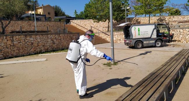 Nou reforç en l'operatiu de neteja coincidint amb les noves mesures que a partir de dissabte permetran més sortides al carrer