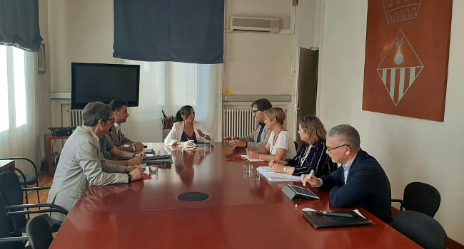 Ajuntament i Generalitat acorden encarregar un informe tècnic independent que determini l'estat real dels habitatges de Merinals