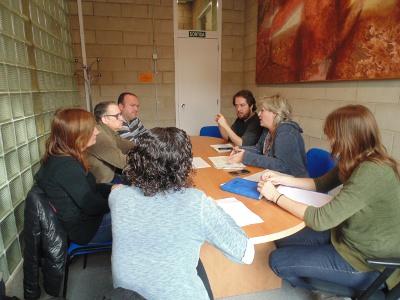 Representants de Sant Boi visiten el Vapor Llonch per conèixer el servei prelaboral per a persones en tractament de salut mental