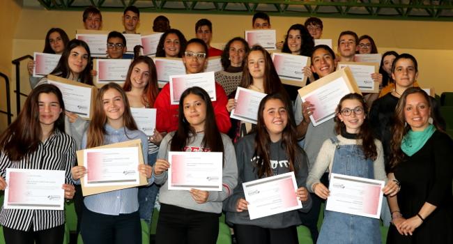 El curs de resolució de conflictes per alumnes mediadors i mediadores es tanca amb més instituts participants