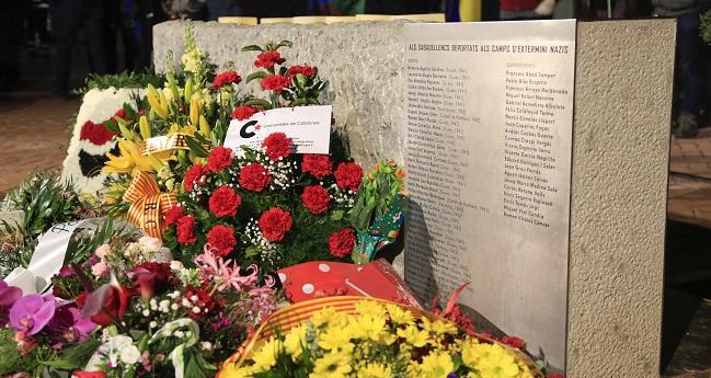 La Taula d'entitats de Memòria Històrica acorda retirar el nom d'Enric Tomàs Urpí del monòlit en memòria dels deportats sabadellencs