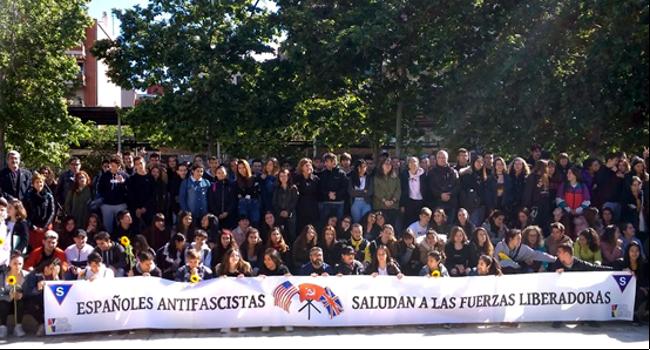 Participació d'alumnes de Sabadell a la Trobada de la Xarxa de Memòria i Prevenció del Feixisme, a Sant Boi